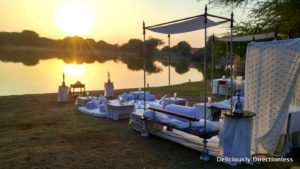Sundowner & dinner at Darbari Lake 1