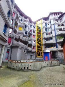 Schtrumpfs Building Geneva 1