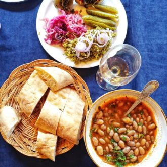 Lobio with bread & pickled vegetables