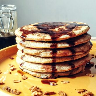 Healthy Pancakes with Oats and Banana